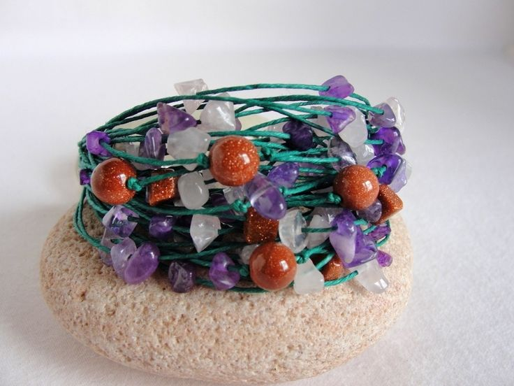 Emerald linen bracelet with amethyst from Jewelry&Hand Made by DaWanda.com
