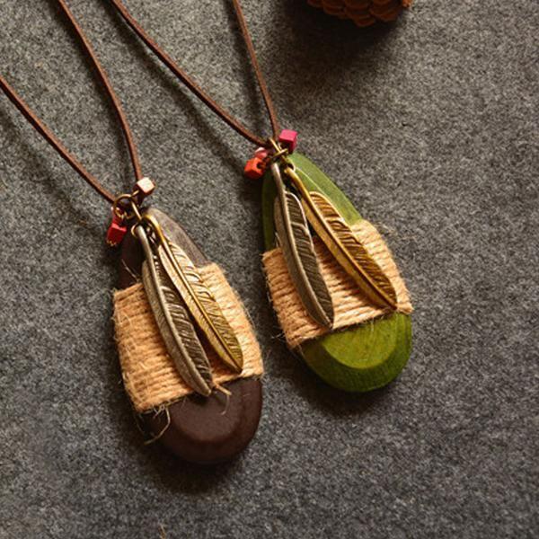 Women Retro Pendant Leaves Wood Metal Necklace