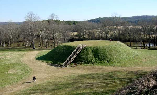 Mound builders georgia and to speak on pinterest for Builders in georgia