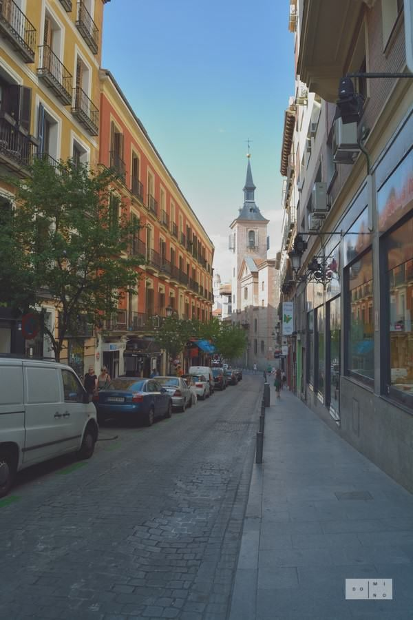 Narrow streets in Madrid