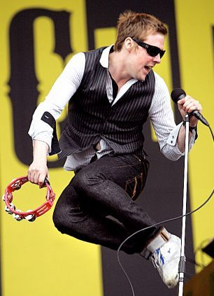 Rickie Wilson, The Kaiser Chiefs