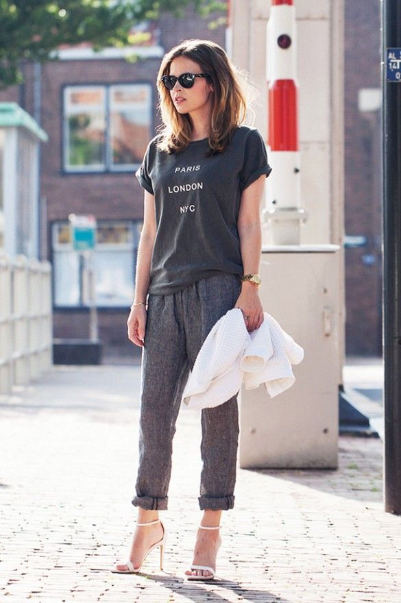 Calça pijama - Calça larga, reta, com passante na cintura. Criado na Índia, aproximadamente em 1880, foi originalmente desenhada como roupa para dormir, passando em seguida a ser utilizada em casa e nas ruas.