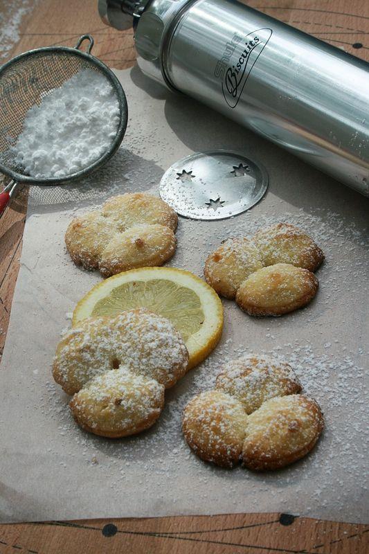 Sablés au citron à la presse à biscuits