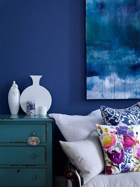 If you like blue colors you know that interior design color schemes with blue color shades can be warm, bright and energetic. If you like to incorporate blue color into your existing interior design a