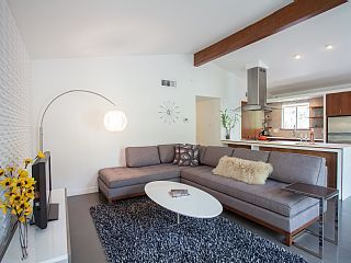Home Away: Stunning SoCo Mid-Century Modern - Minutes from Downtown Ben & Nadja: Another cool home in the cool SoCo neighborhood. Sleeps 4