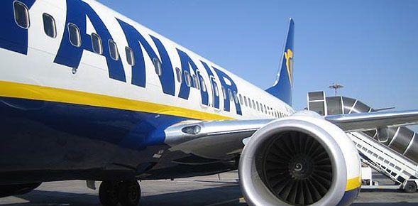 Ryanair,πρώτη της πτήση από Αθήνα προς Δουβλίνο :http://bookingmarkets.net/1706/