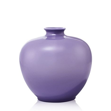 Elegant ceramic design with an ombré finish. Wipe clean. 14 cm H. Avon will donate 10% of the sale price from domestic violence fundraising products to the Avon Foundation for Women Canada to support Speak Out Against Domestic Violence programs across the country.