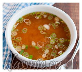 Суп с водорослями и яйцом