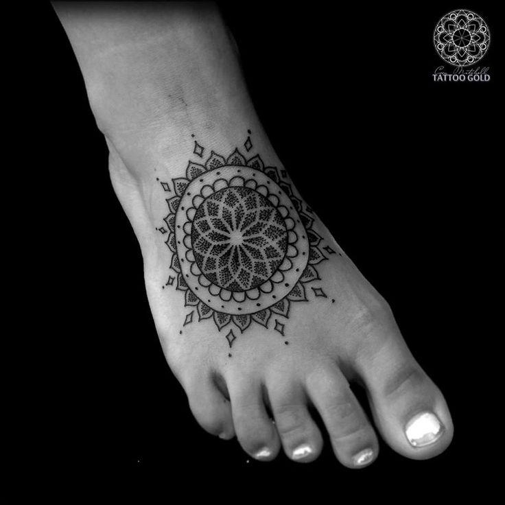 Dotwork Mandala Foot Piece | Best tattoo ideas & designs