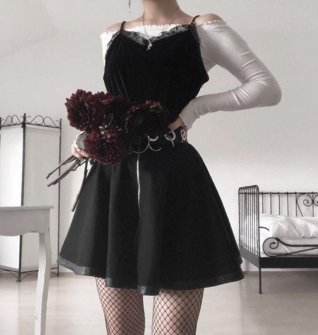 Lace Silk V-Neck Tank Top KF2561 - #KF2561 #korean #Lace #Silk #tänk #Top