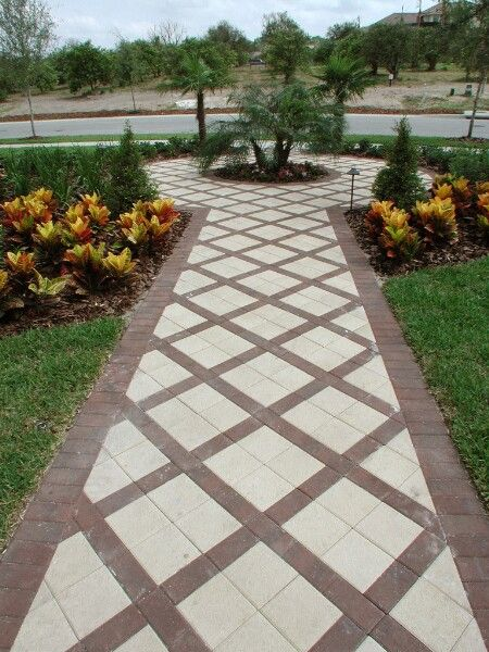 Best 25+ Front Yard Walkway Ideas On Pinterest