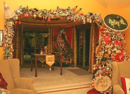 Asian Christmas tree and Asian garland