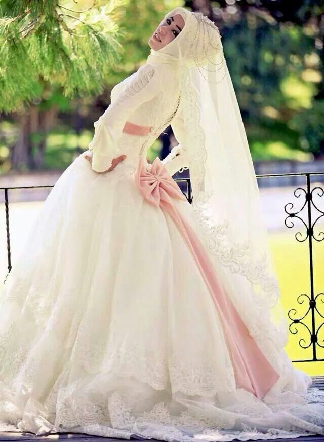 Wedding gown #Hijab