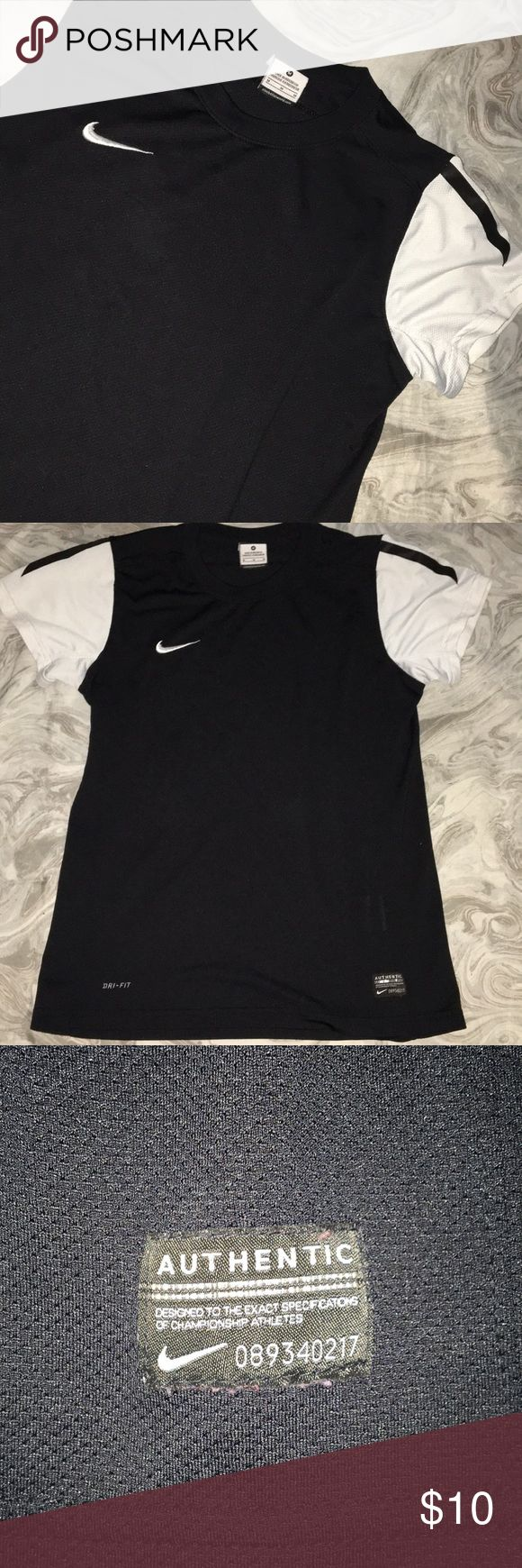 Nike workout shirt I think it might be for guys but it's super cute and comfy Nike Tops Tees - Short Sleeve