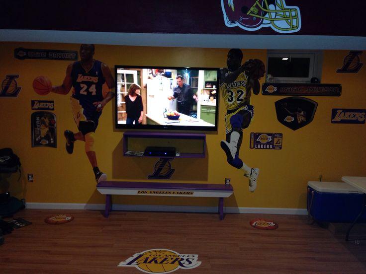 Man Cave East Delray : Lakers man cave da pinterest men