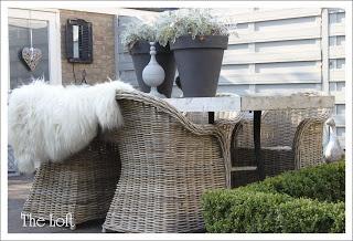 THE LOFT - Fine fargekombinasjoner samt idé: hekk innfelt i terrassedekke
