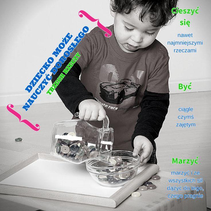 """Czego możemy uczyć się od dzieci? Maria Montessori zauważyła, że dziecko chce tylko, byśmy """"pomogli mu zrobić to samemu"""". W naszym portalu znajdziesz ciekawe informacje o tej niesamowitej kobiecie, która swym spojrzeniem na dziecko wyprzedziła epokę o wiele lat. Czytaj więcej http://www.educarium.pl/index.php/pedagogika-marii-montessori-menu-montessori-95/70-pedagogika-marii-montessori-zarys-og.html"""