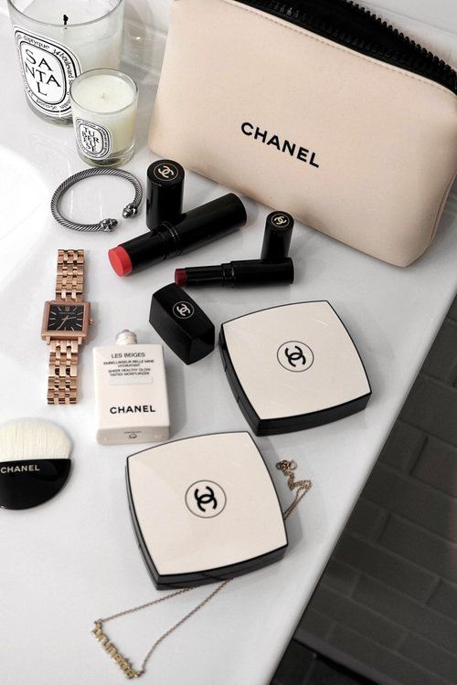 49aa71552855 woahstyle.com - full face of chanel les beiges spring summer 2018  chanel   lesbeiges  chanelbeauty