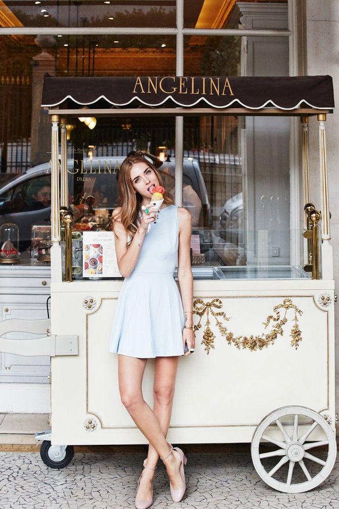 Ice cream lady pastel.