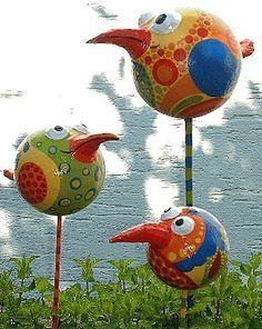 Lustige Vögel bewachen den Garten... Druckversion@creadoo -Die Nr.1 in kreativer Freizeit!