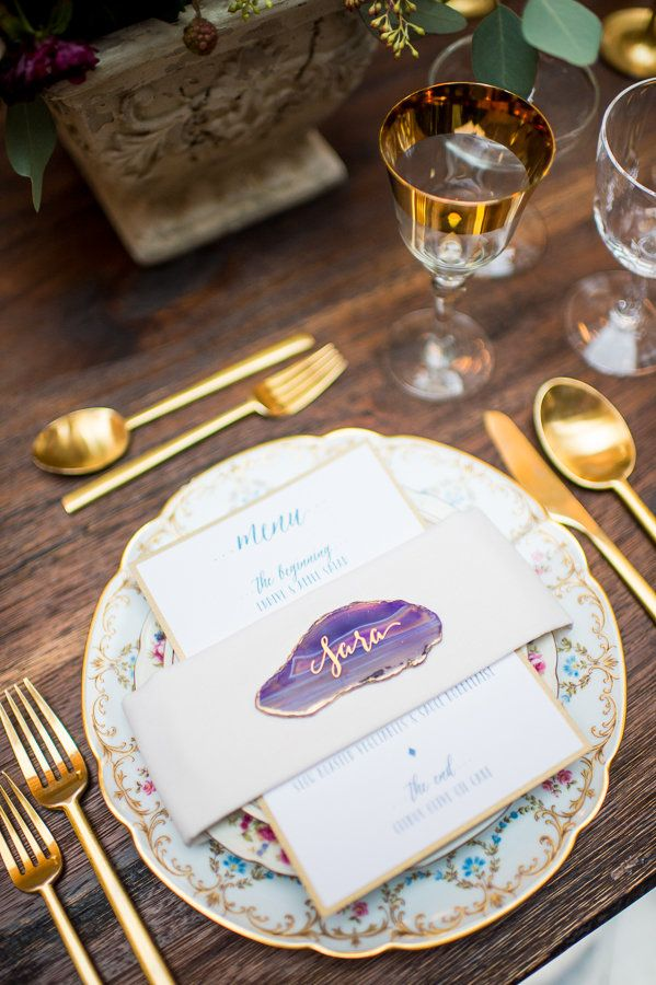#geode inspired place card @weddingchicks