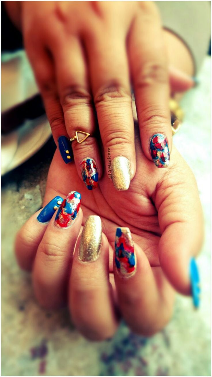 We Love Our Manicures!  https://loveyourmanicure.wordpress.com/