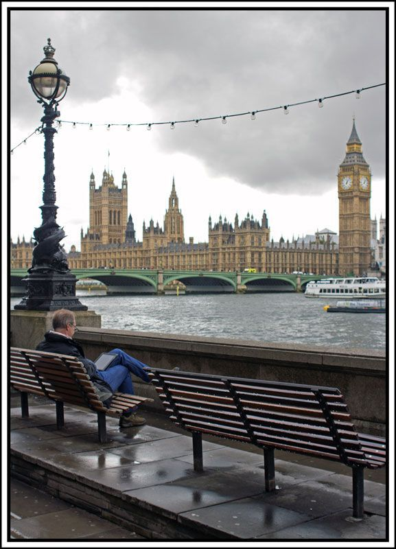 London London Great Vista I Want To Be Sitting On That Empty Bench London Places England London