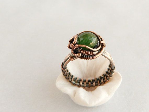 Wire Ring - Cooper Ring - Wire jewelry - Emerald - Green gemstone -