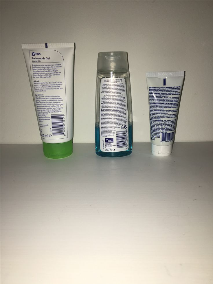 Ik heb alle producten getest en het product dat ik het best vind is de Benzacare. Het verzacht en verzorgt je huid tegelijk.