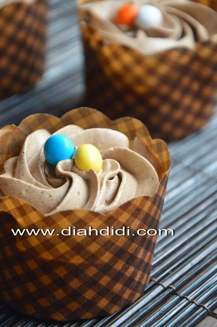 Diah Didi's Kitchen: Simple Fruit Cake