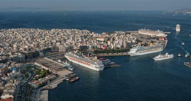 Πειραιάς: Ακτή Μιαούλη - Λιμάνι