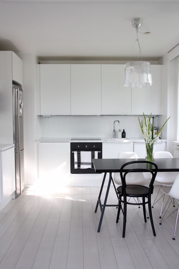 Homevialaura | Modern White kitchen after renovation | Domus | Ikea | marble countertop