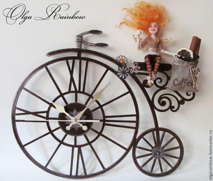 """Купить Часы настенные """"Кофейная фея на велосипеде"""" - коричневый, кофейная фея, кофе, велосипед"""