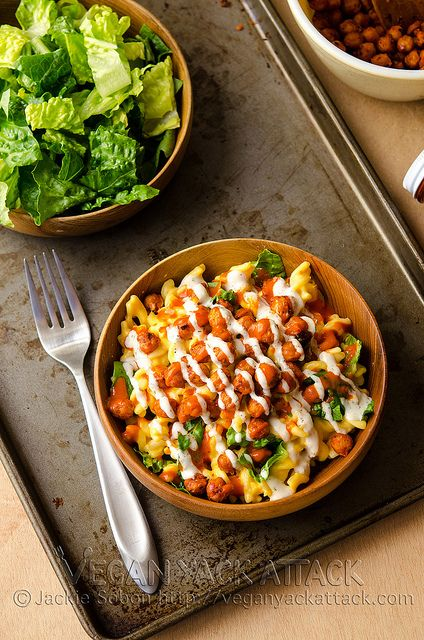 Buffalo Chickpea Mac 'n' Cheese by Yack_Attack, via Flickr - not that I would do a vegan version, but this idea sounds yummy.