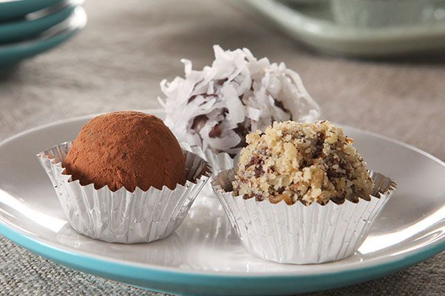 Easy Chocolate Truffles on Pinterest | Chocolate Truffles, Truffles ...