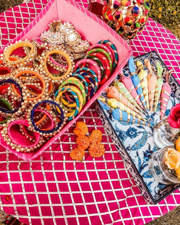 Simple & Quirky Ideas To Use Bangles For Your Wedding