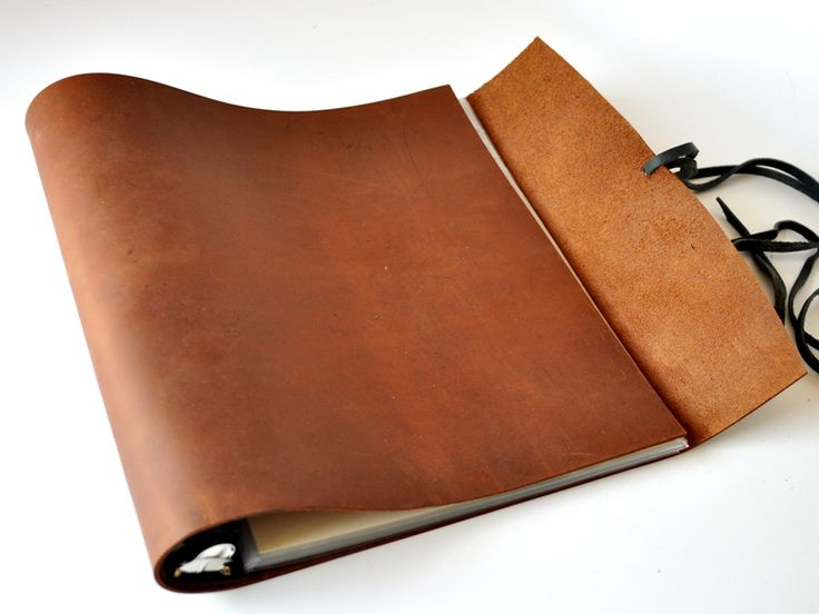 Woodsman Soft Leather 3 Ring Binder