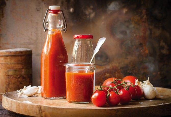 Házi ketchup sült paradicsomból