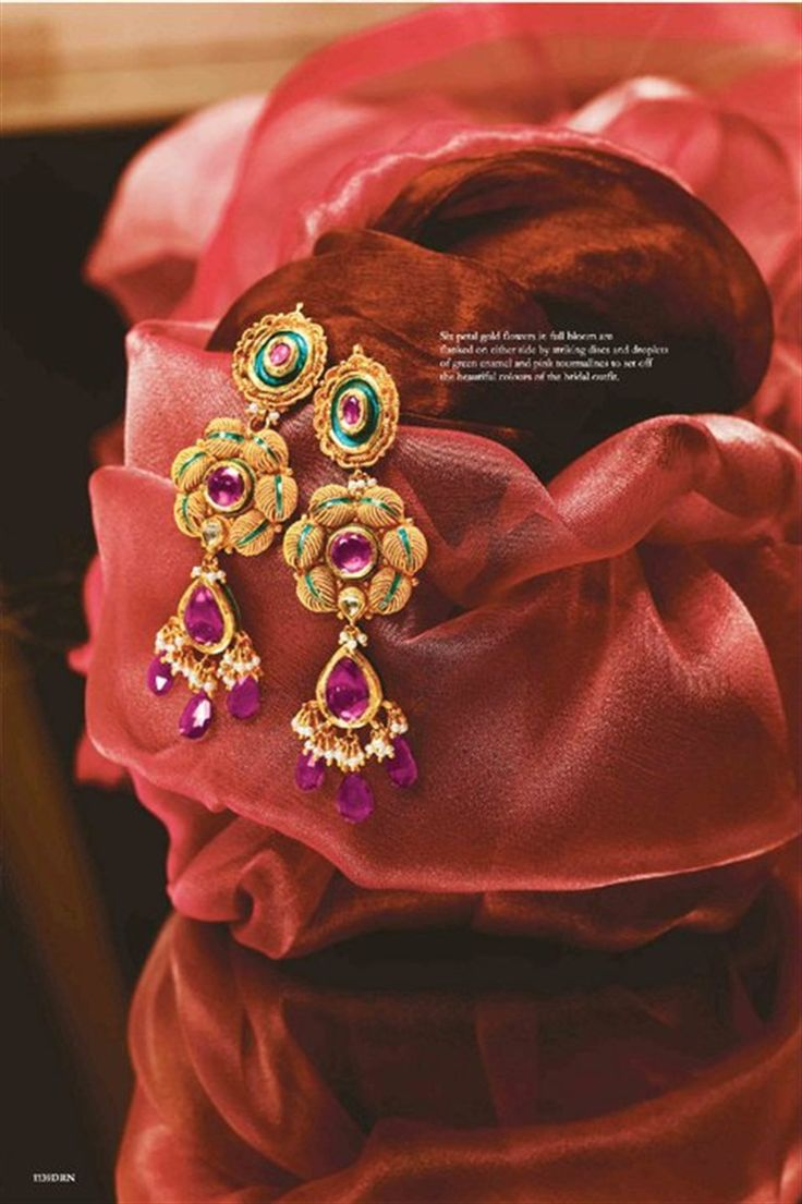 Tanishq Gold Flower Petal Earrings