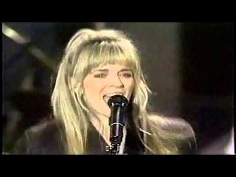 Carlene Carter -  I Fell in Love (Live on American Music Shop 1991)