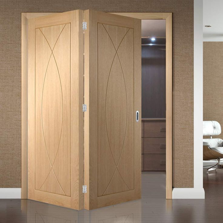 Bespoke Thrufold Pesaro Oak Flush Panel Folding 2+0 Door - Prefinished. #flushdoors #oakdoors #interiordesign #moderninternaldoors #modernbifolddoors