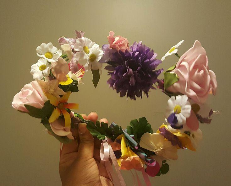 Lyla Meadow #flowercrown.