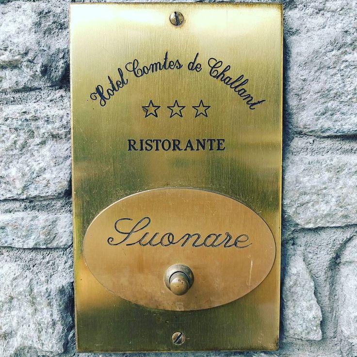 Come in #hcdc#vda #hotel #drin #restaurant #cibogenuino #inatafood #surprise #newmenu #chezhcdc#chefgiovanni #fenis #feniscastle #cucinatipica #cucina #valdostana