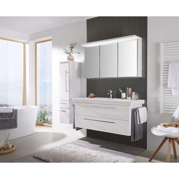 Fesselnd Modernes, Weißes Badezimmer Mit Wohlfühl Faktor Von NOVEL