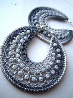 crochet earrings patterns free | Crochet Earrings by Deedoo