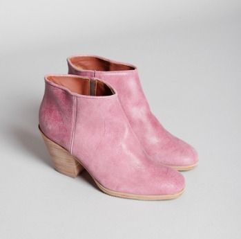 cute pink boots (not really me but I still like them!)