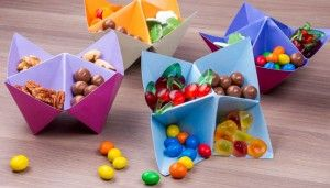 Himmel oder Hölle Kinderspiel Kindergeburtstag Tischdeko Dekoration als Schüsseln für Süßigkeiten DIY selbermachen