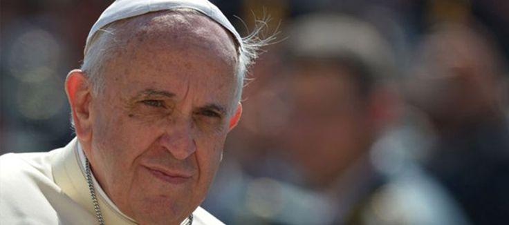 Vaticano convida prefeito de BH para debate com Papa Francisco sobre desenvolvimento das cidades