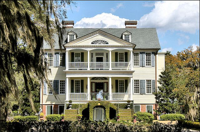 Gorgeous Plantation style home