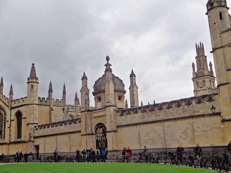 Universidade de Oxford - Trinity College